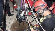 حادثه هولناک برای کارگر در کابین آسانسور + عکس