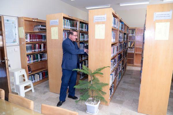 گسترش فرهنگ کتابخوانی در برق باختر
