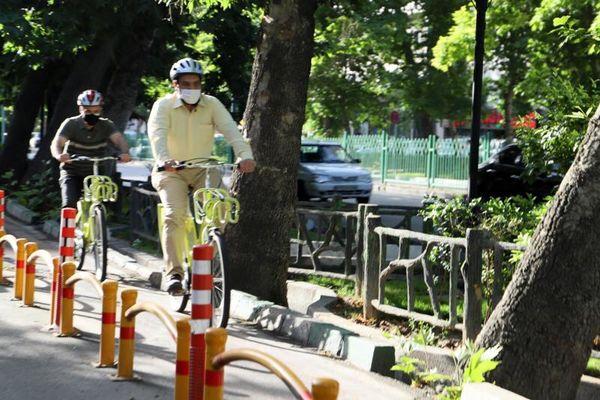 بازدید مسئولان شهری تهران با دوچرخه از پروژه های منطقه 3