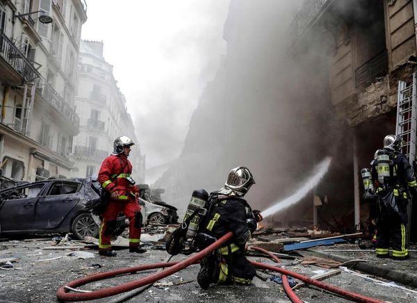 انفجار مهیب در مرکز پاریس + عکس