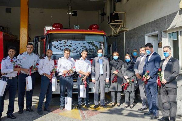 به مناسبت روز ایمنی و آتش نشانی، تقدیر رئیس هیئت مدیره بیمه سرمد از آتش نشانان