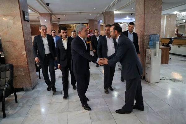 دیدار مدیرعامل بانک ملی ایران با کارکنان شعبه سعدی