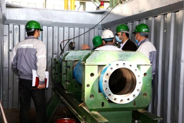 دستگاه آزمون مچالگی لولههای جداری چاههای نفت و گاز طراحی و ساخته شد