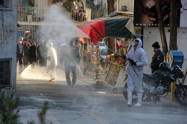 اجرای طرح شبانه روزی ضد عفونی و شستشوی معابر شمال شرق تهران