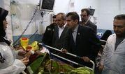 عیادت استاندار قم از مصدومین حادثه تصادف در محور قم -تهران