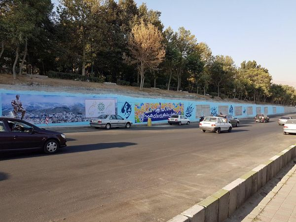 دیواره های شهری شمال تهران گالری هنری شد