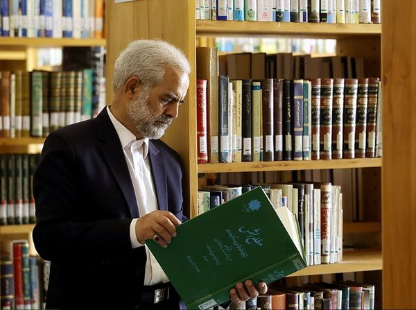 اهدای کتاب به کتابخانه فاطمی ۸ برابر افزایش داشته است