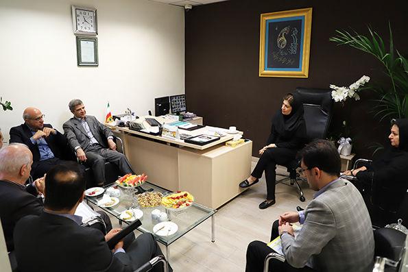 بازدید مدیرعامل بانک کارآفرین از سه شعبه بلوار فردوس شرقی، ظفر و آفریقا
