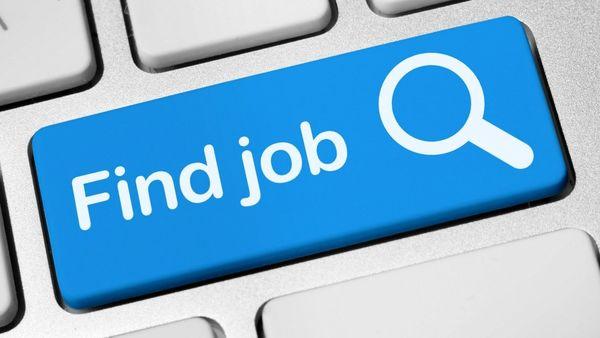 پیدا کردن شغل مناسب و استخدام شدن در فضای مطلوب