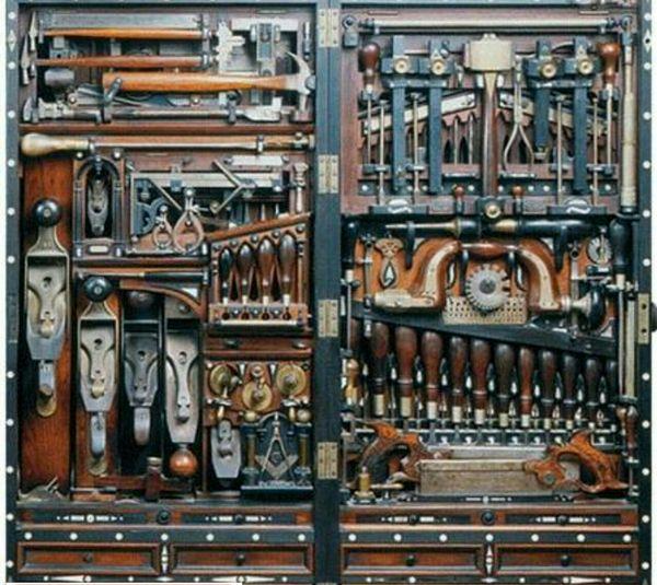 بزرگترین جعبه ابزار نجاری تاریخ+عکس