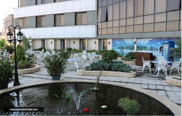 تور مشهد با مناسب ترین هتل های پنج ستاره