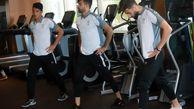 تمرین سبک تیم فوتبال امید در محوطه هتل