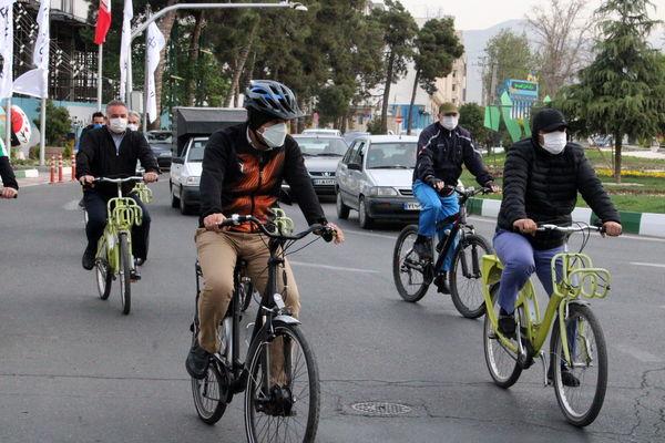 شهردار منطقه۲۱ پا به رکاب سه شنبه های بدون خودرو ۱۴۰۰