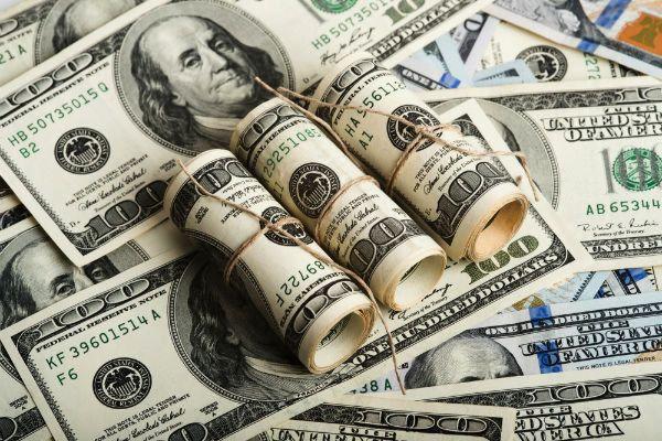 احتمال کاهش قیمت دلار تا ۱۰ هزار تومان