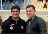 علی کریمی با فوتبالیستها به پیشواز فینال رفت + عکس