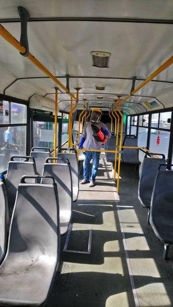 رعایت پروتکل های بهداشتی در ناوگان اتوبوسرانی منطقه۲۱