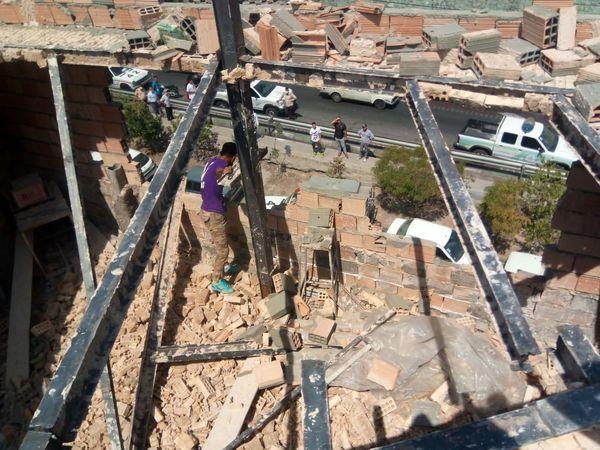 برخورد جدی با ساخت و سازهای غیر مجاز در ناحیه 7 منطقه 4
