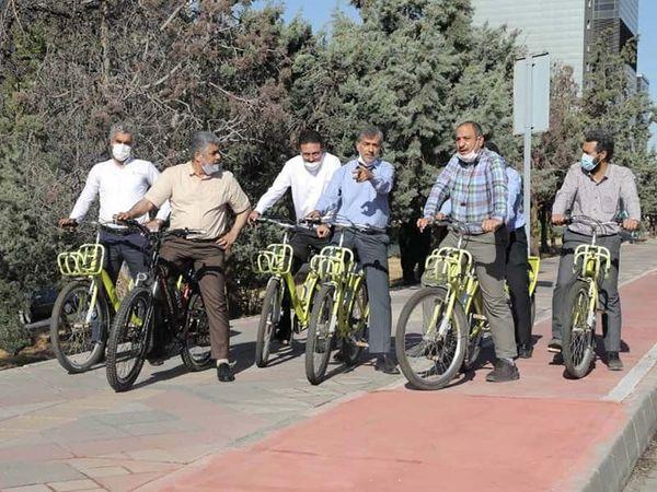 پایش میدانی پروژه های احداث پل دوچرخه بوستان فدک و پل اتصال کوی نصر به برج میلاد