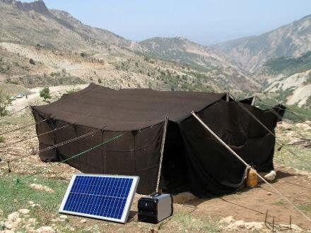 تحویل ۴۵مولد برق خورشیدی به عشایر کوچروی ساوه