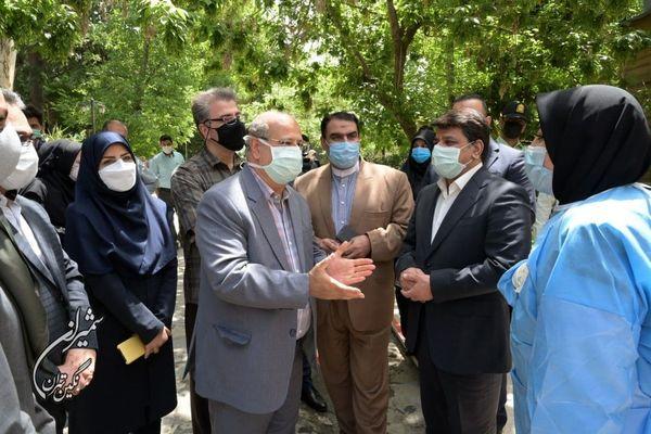 تقدیر دکتر زالی از راه اندازی پایگاه واکسیناسیون محله جماران در شمال تهران