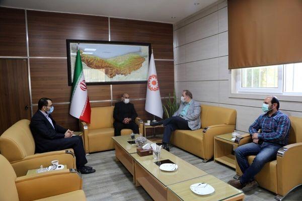 دیدار مدیر کل بهزیستی استان با قهرمان و رئیس هیئت کشتی مازندران