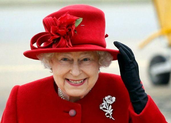 ملکه الیزابت ترامپ را به مهمترین روز زندگی نوهاش ترجیح داد + عکس
