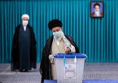 رهبرانقلاب دز اول واکسن ایرانی کرونا را دریافت کردند