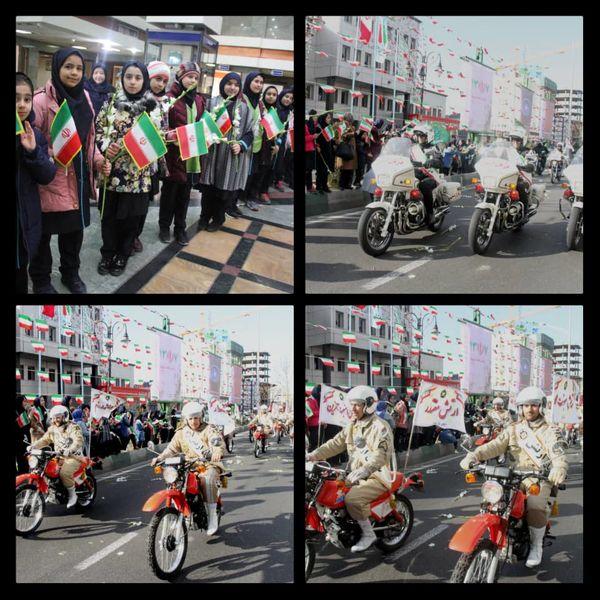 رژه موتورسواران نیروهای مسلح به مناسبت ۱۲ بهمن ماه در منطقه ۹