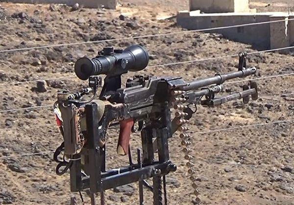 یک مرد برای دفاع از روستایش مسلسل خودکار ساخت + عکس