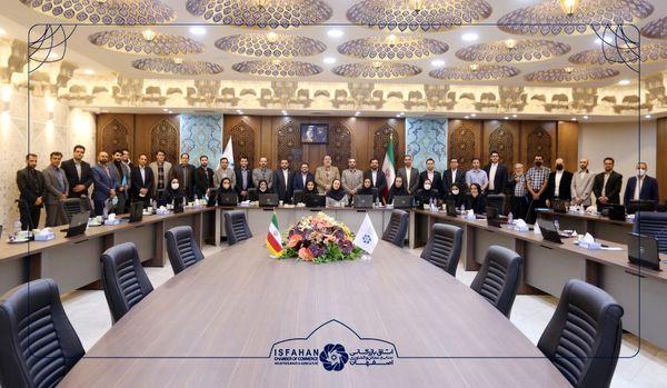 اولین نشست صمیمانه مدیران منتخب روابط عمومی شرکت های عضو اتاق