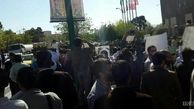 تجمع جمعی از بازنشستگان کشوری در مقابل مجلس