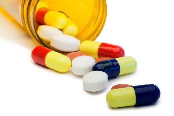 تمامی دارو ها با قیمت مشخص وارد بازار می شوند